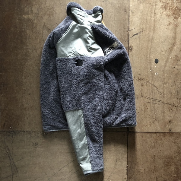 FREECITY DOVE PATCH COLD WEATHER FLEECE JACKET サイド (600x600).jpg
