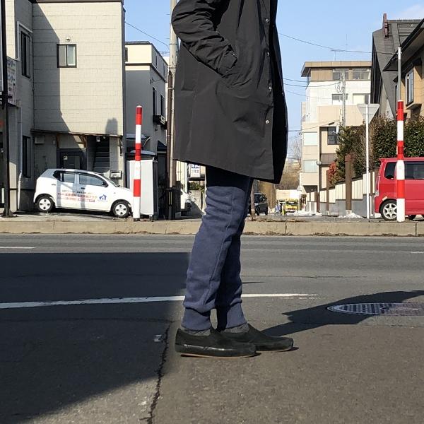 SWEET PANTS スリムパンツ インディゴ 着用2 (600x600).jpg