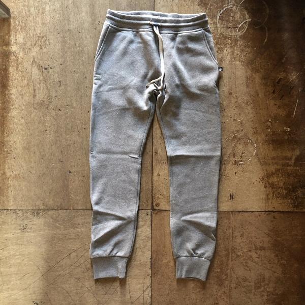 SWEET PANTS スリムパンツ グレー (600x600).jpg