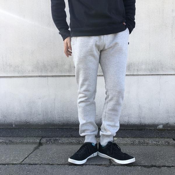 SWEET PANTS スリムパンツ グレー 着用 (600x600).jpg