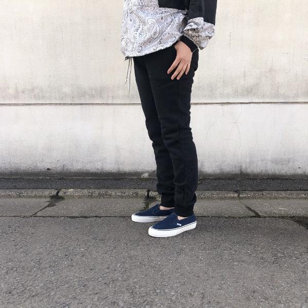 SWEET PANTS スリムパンツ ブラック 着用 (600x600).jpg