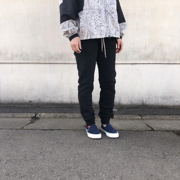 SWEET PANTS スリムパンツ ブラック 着用 2 (600x600).jpg