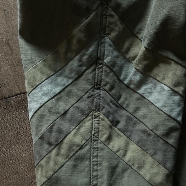 シンフォニック カットオーバー バックサテン セイルパンツ フリーシティー 切り返し (600x600).jpg