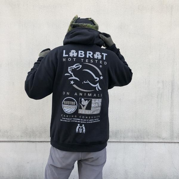 LABRAT×Nick Atkins Testing hoodie 着用 (600x600).jpg
