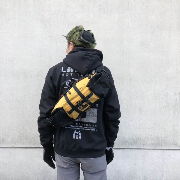 NORTHFACE Mountain Biker Lumbar Pack ノース 着用 (600x600).jpg