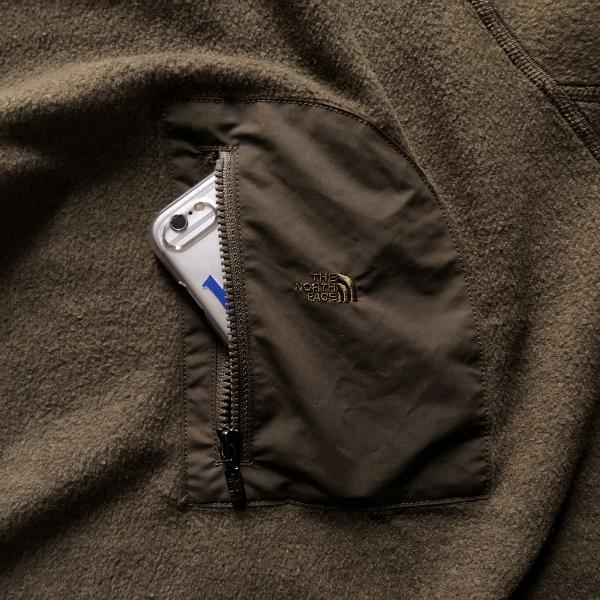 Pack Field Fleece Crew ノースフェイス カーキ ポケット (600x600).jpg