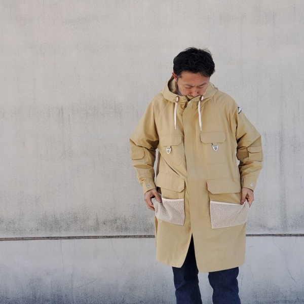 Pikes Safari Coat mountainsmith マウンテンスミス 着用 (600x600).jpg