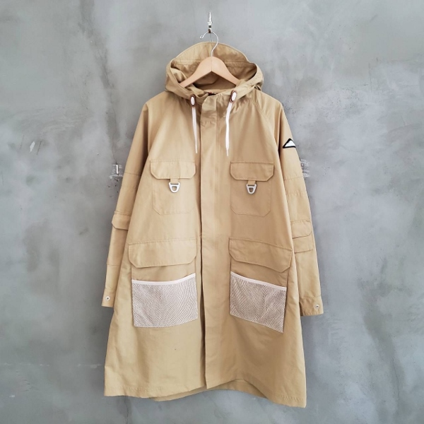 Pikes Safari Coat mountainsmith ベージュ (600x600).jpg