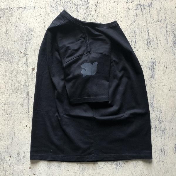 TWO IN ONE DV ショートスリーブTシャツ フリーシティー ブラック (600x600).jpg