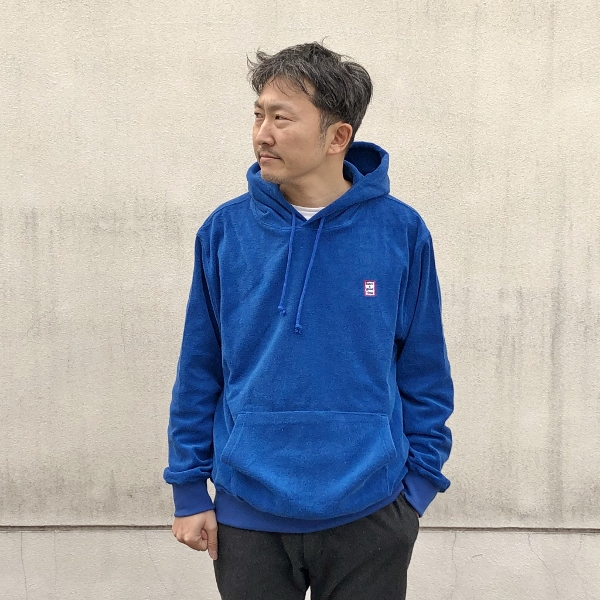have a good time MINI MINI FRAME TERRY PULLOVER HOODIE MARINE BLUE 着用 (600x600).jpg