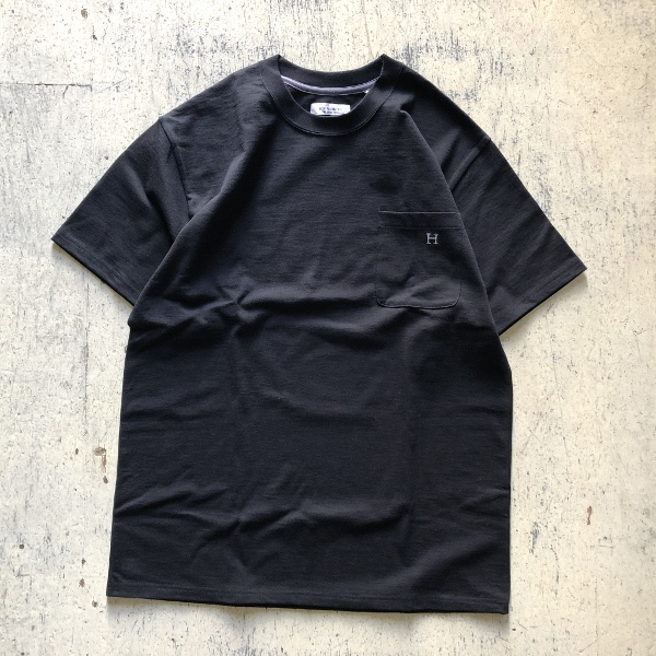 H EMB POCKET T-shirt HRM ブラック (600x600).jpg