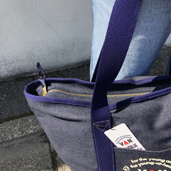VAN JACKET・BLUE BLUE キャンバストートバッグ デニム チャック (600x600).jpg