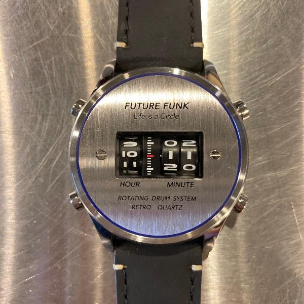FF102-SVBU-LBK future funk (600x600).jpg