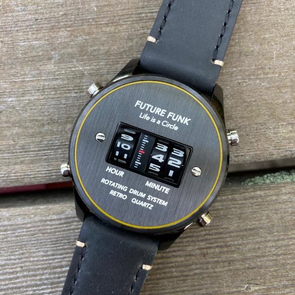 futurefunk革ベルト (600x600).jpg