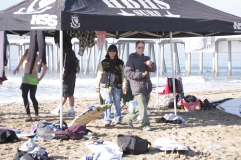 12月8日(水)朝9時半過ぎのサウスサイド。高校対抗のサンセットリーグが開催されていた・・・