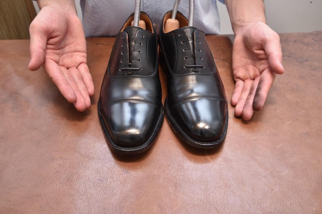 スッピン状態の革靴の様子