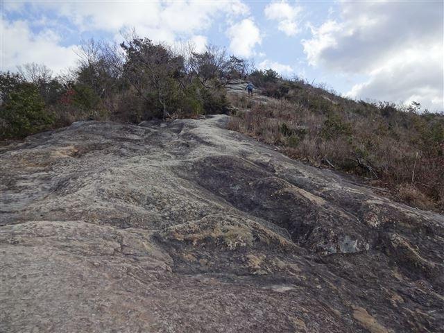 一枚岩の道