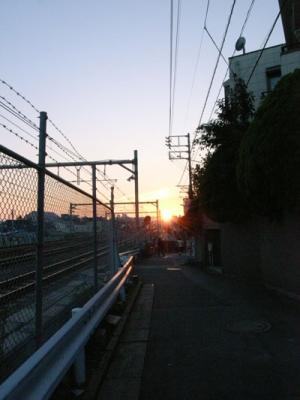 中央線 夕日