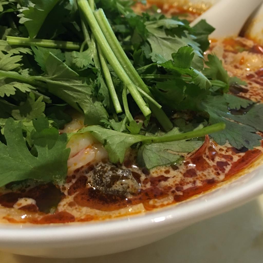 トムヤムクンスープ米麺