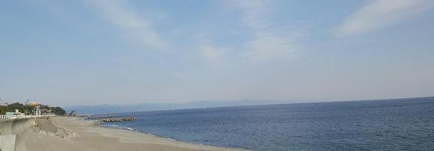 長浜2号突堤付近から桂浜方面を見る
