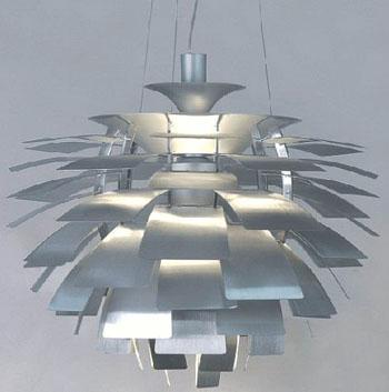 ポール・ヘニングセンがデザインしたPHアーティチョークペンダントランプ