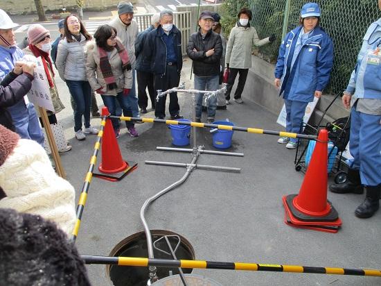 上飯田小学校には「緊急給水栓」があります。