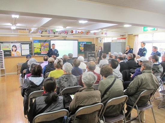 上飯田団地連合自治会の交通防犯部による交通安全講習会が行われました。