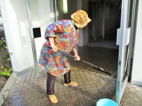 2019年12月15日(日)集会所の清掃