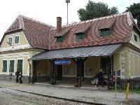 デュルンシュタイン駅舎