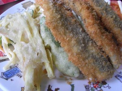 米沢食堂 魚フライ アップ