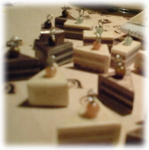 寄木のミニケーキ