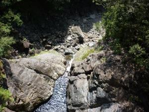 ツキ谷の滝落口