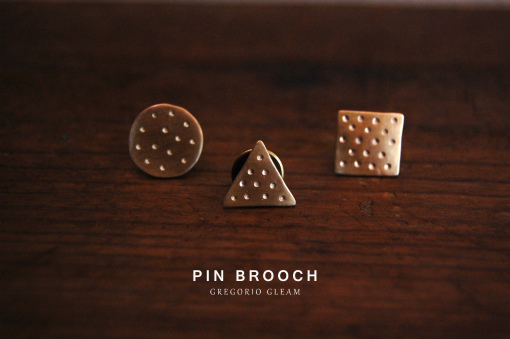 brass_pinbrooch