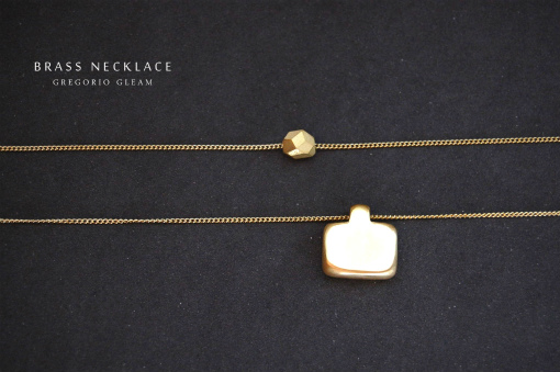brass_necklace