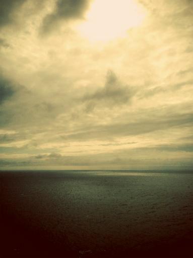 日御碕灯台から日本海