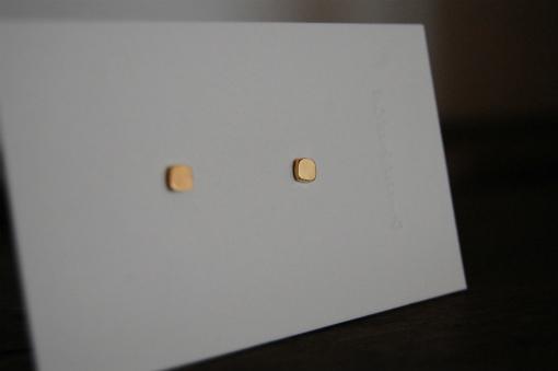 K18 ゴールドピアス