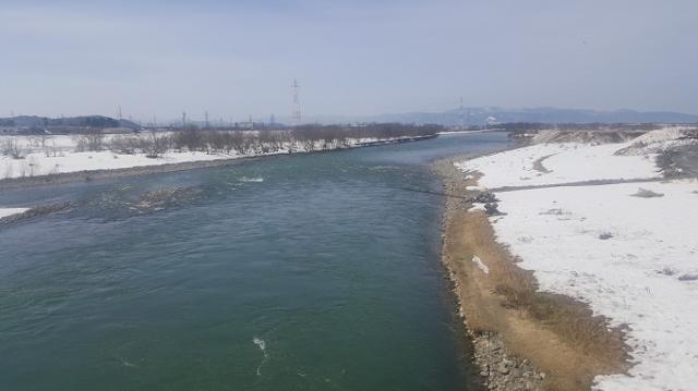 3月3日川写真ー2.jpg