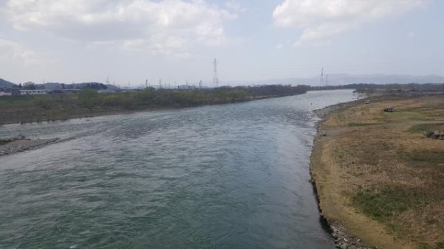 4月3日川写真ー2.jpg