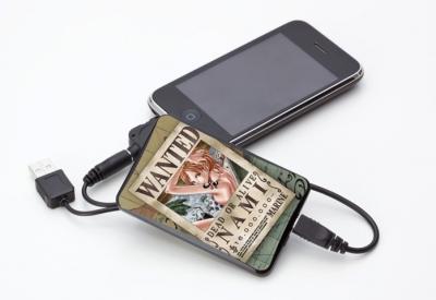 ONE PIECEと夢のコラボ! iPhoneで使えるモバイル端末用充電器