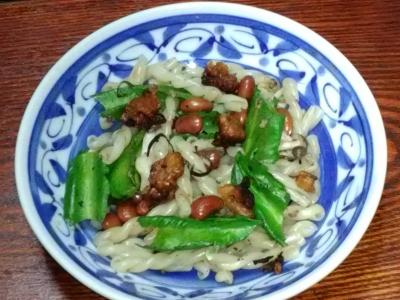うりずん豆のペパロンチーノ