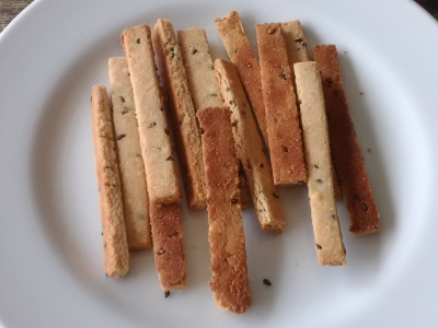 味噌とチーズの米粉クッキー
