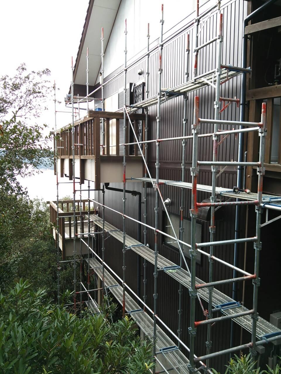 志摩 別荘の木造壁修理