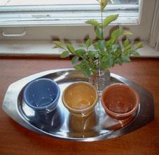 陶器を飾る