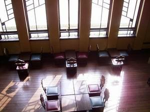 明るい日差しに誘われて。自由学園明日館の喫茶。