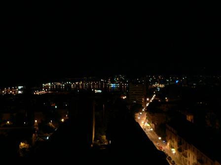 苫屋からの夜景