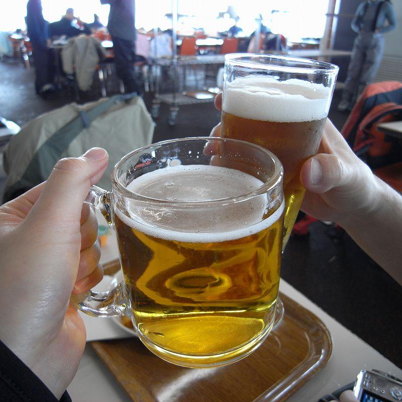 ゲレンデでビール☆