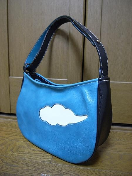 弥生さんの鞄