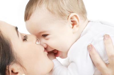 ママと赤ちゃんを結ぶきずな「あかちゃんマッサージ」