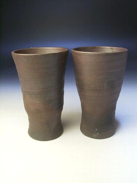 炭化焼き締めビアカップ