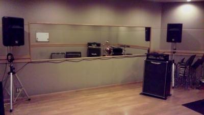 B Studio.2